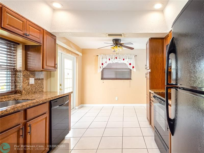 6735 NW 12th St, Margate, Florida image 14