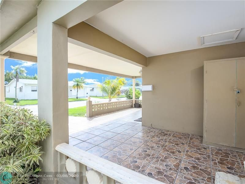 6735 NW 12th St, Margate, Florida image 5