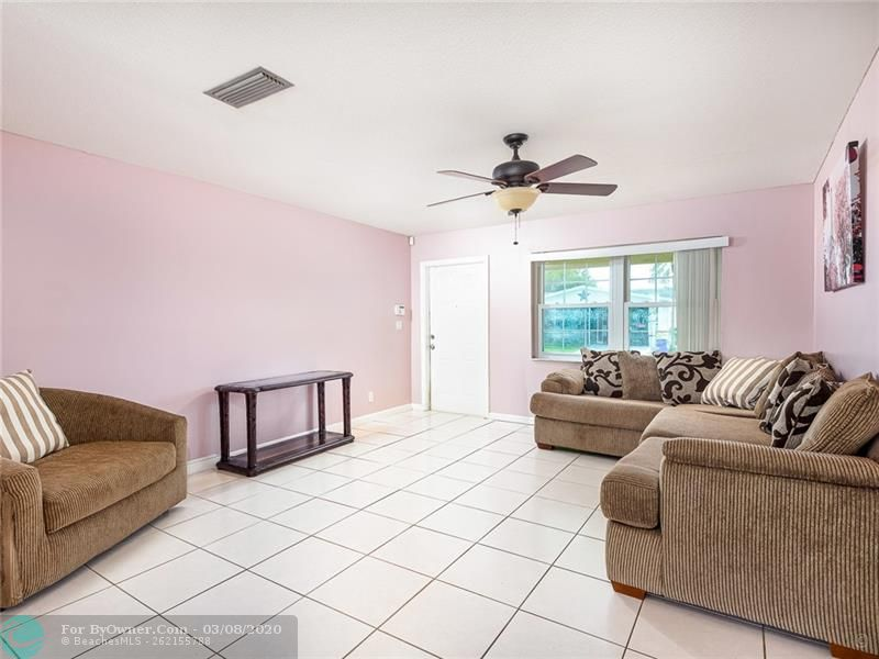 6735 NW 12th St, Margate, Florida image 6