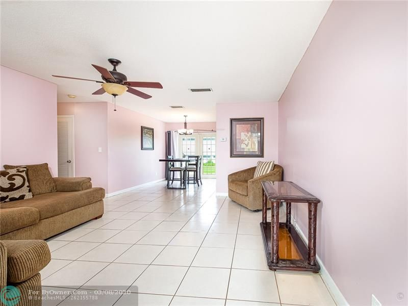 6735 NW 12th St, Margate, Florida image 7