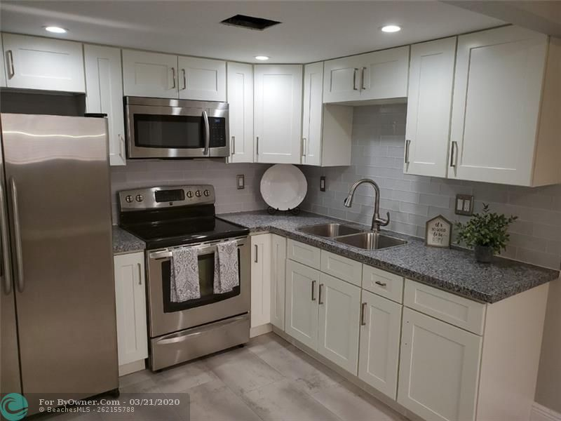 REMODELED KITCHEN- RECESSED LIGHTING