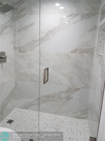MASTER BATH WALK IN SHOWER AND RECESSED SHELF
