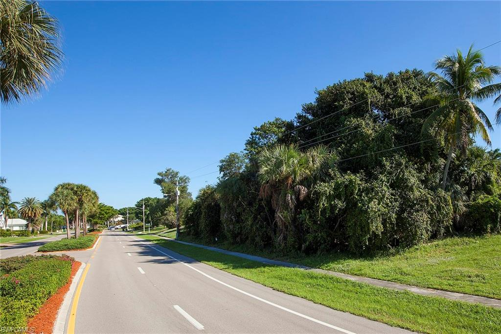 711 S Barfield DR, MARCO ISLAND, Florida image 6