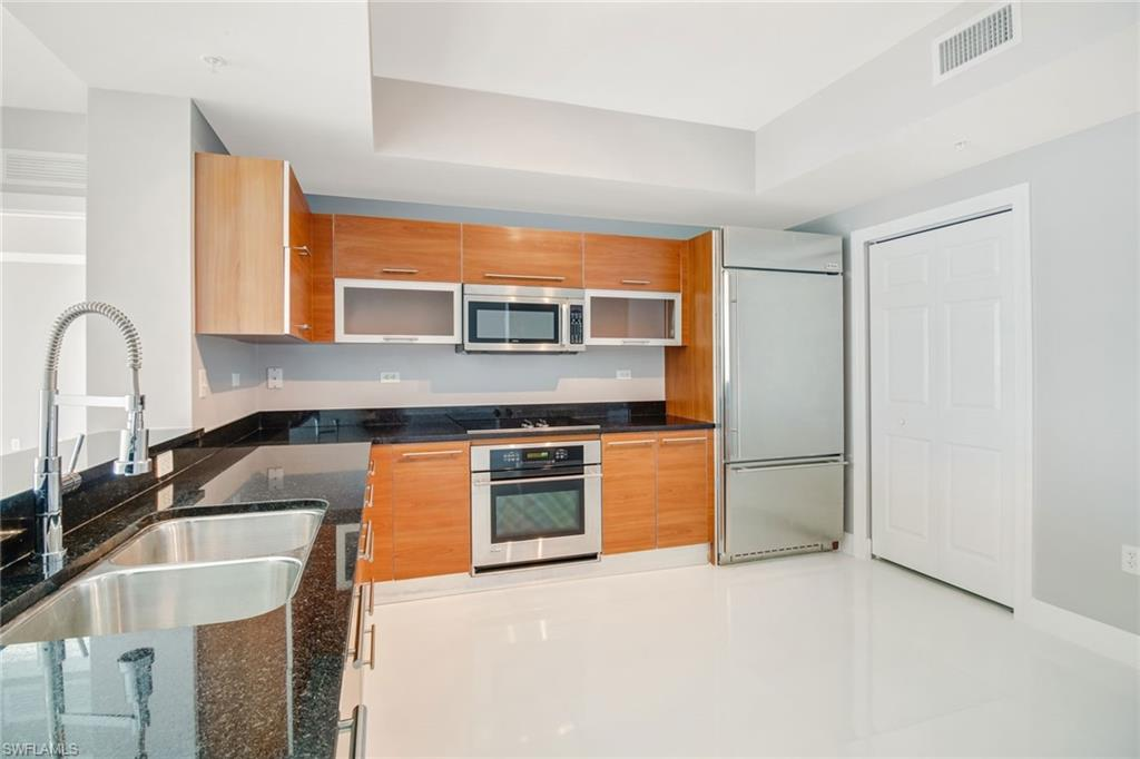 3000 Oasis Grand BLVD #2007, FORT MYERS, Florida image 6