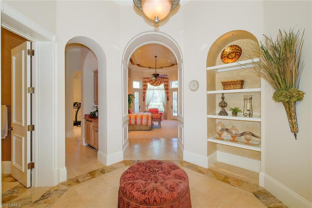13630 Pondview CIR, NAPLES, Florida image 15