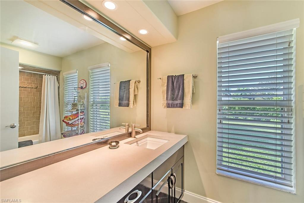 2202 Imperial Golf Course BLVD, NAPLES, Florida image 22