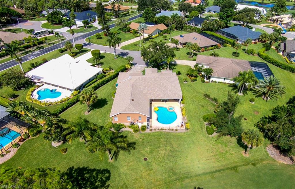 2202 Imperial Golf Course BLVD, NAPLES, Florida image 29