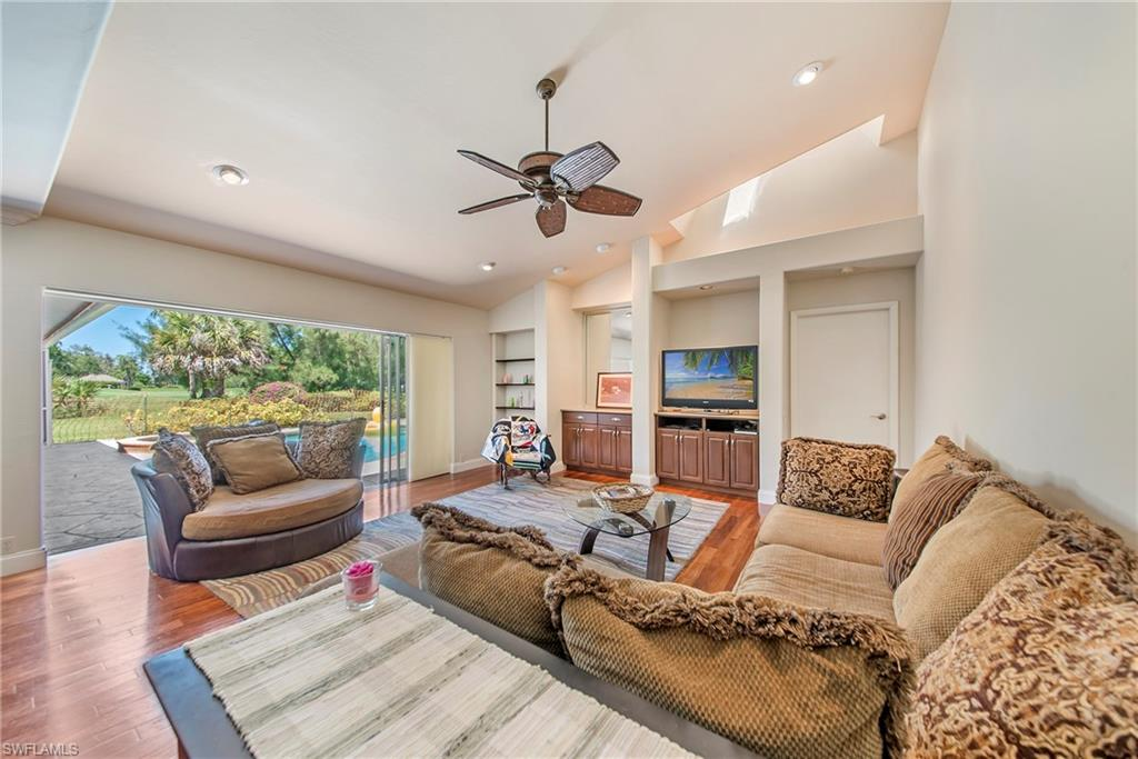 2202 Imperial Golf Course BLVD, NAPLES, Florida image 7