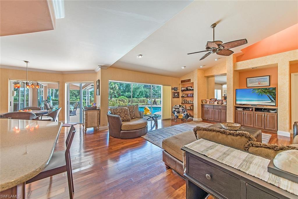 2202 Imperial Golf Course BLVD, NAPLES, Florida image 9