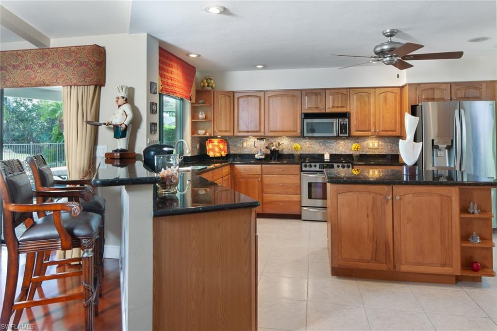 1814 Imperial Golf Course BLVD, NAPLES, Florida image 13