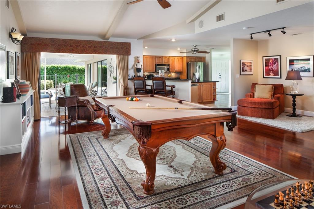 1814 Imperial Golf Course BLVD, NAPLES, Florida image 18