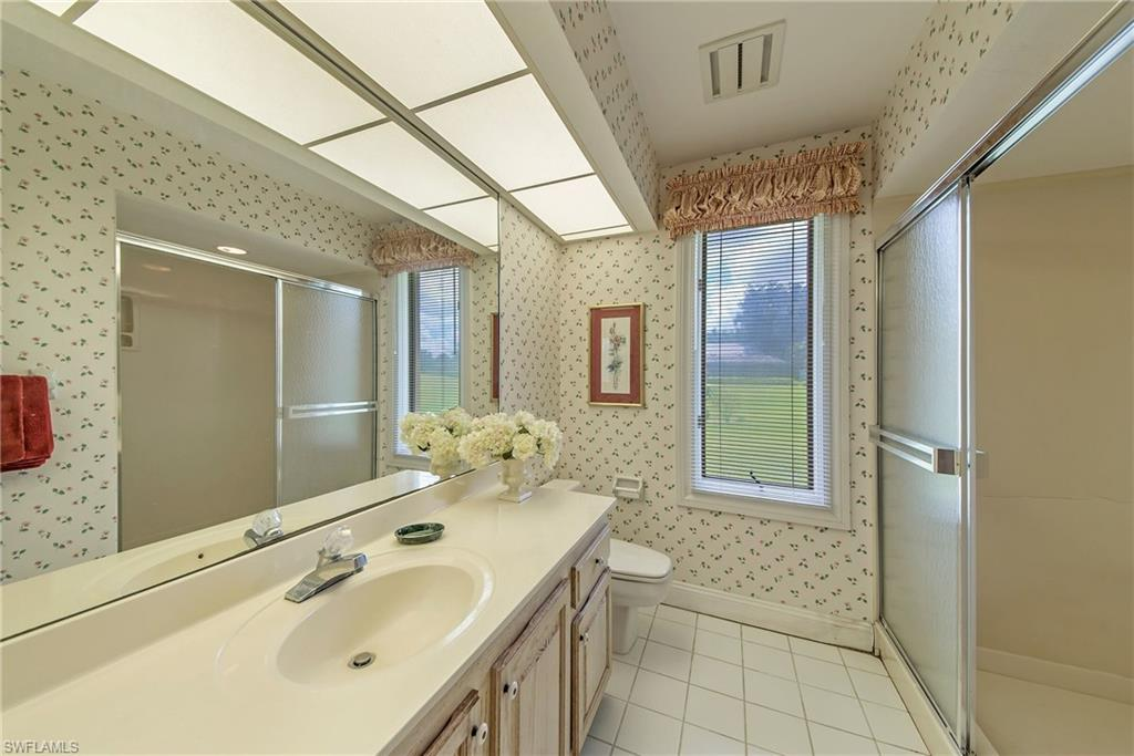 Bath for guest bedroom