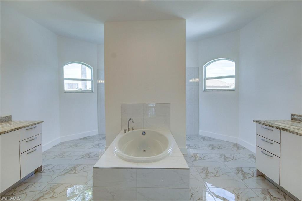 445 River CT, MARCO ISLAND, Florida image 12