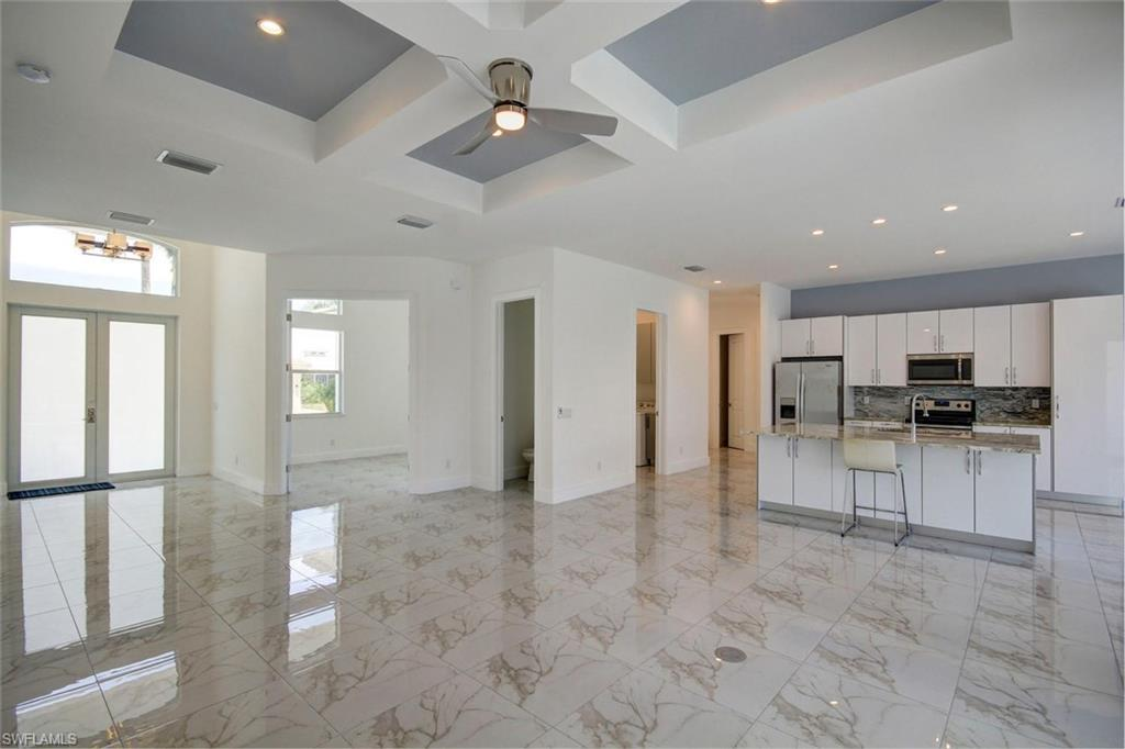 445 River CT, MARCO ISLAND, Florida image 3