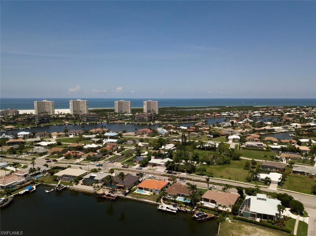 445 River CT, MARCO ISLAND, Florida image 32