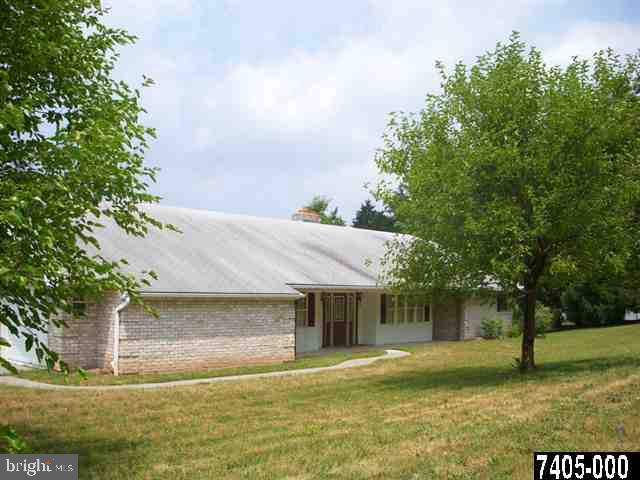 3716 STARVIEW ROAD , MT WOLF, Pennsylvania image 1