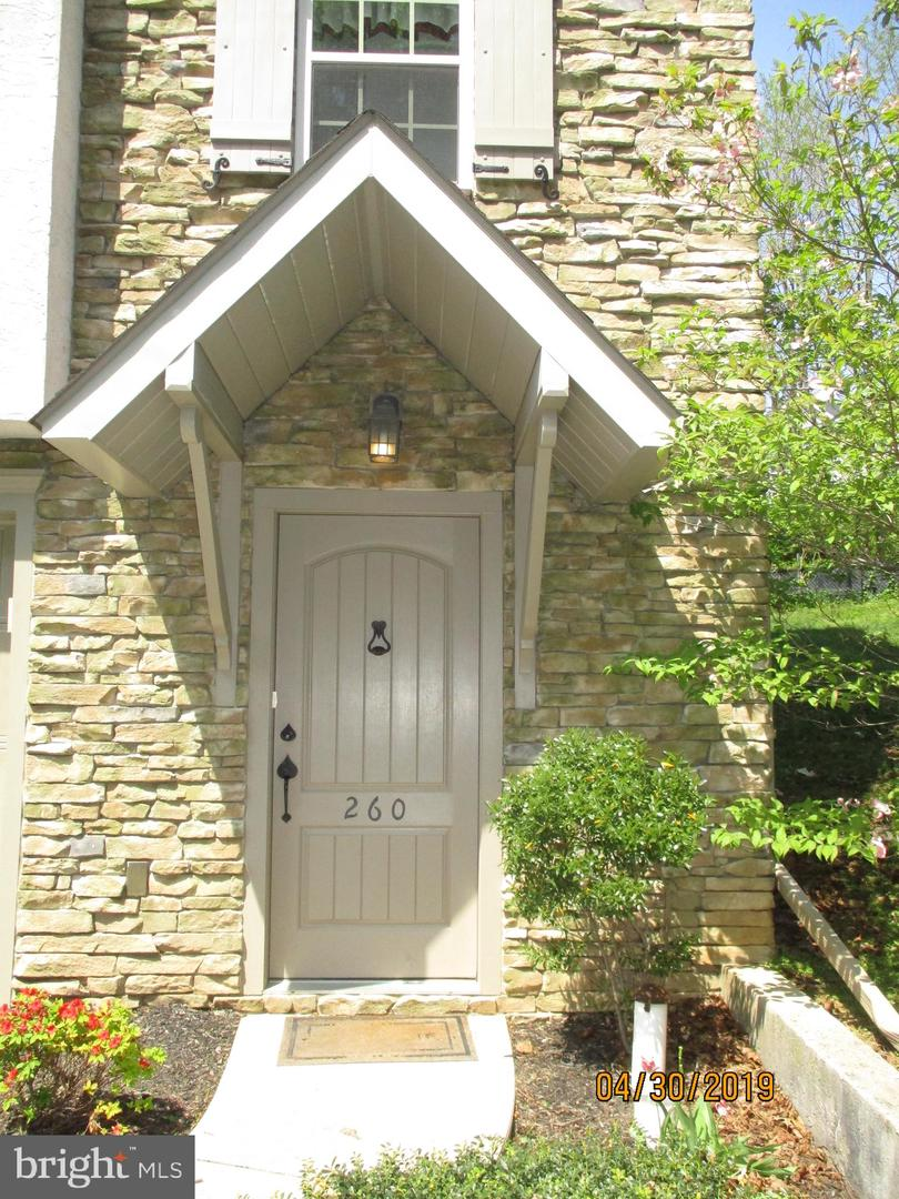 260 VALLEY DRIVE  , RED LION, Pennsylvania image 2